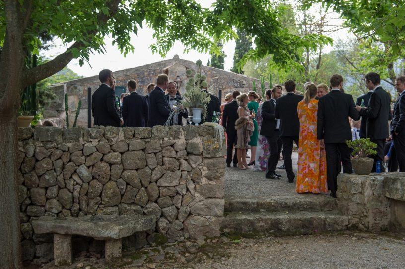Planning Wedding Guest Listdestination Weddings In Mallorca, Spain