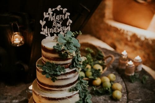 Weddings: Choosing the cake