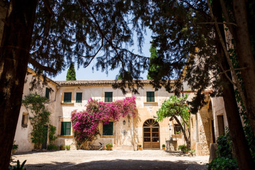 Wedding venues in Mallorca: Countryside finca full of charm and character