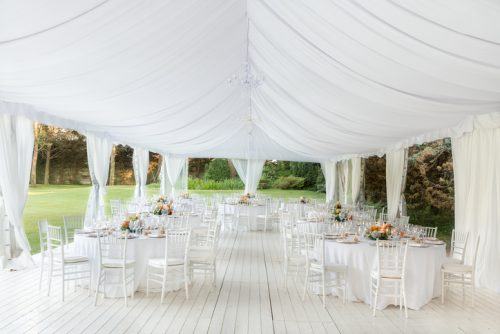 5 Must-Haves for Your Outdoor Summer Wedding
